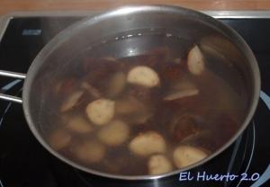 Castañas cociendo